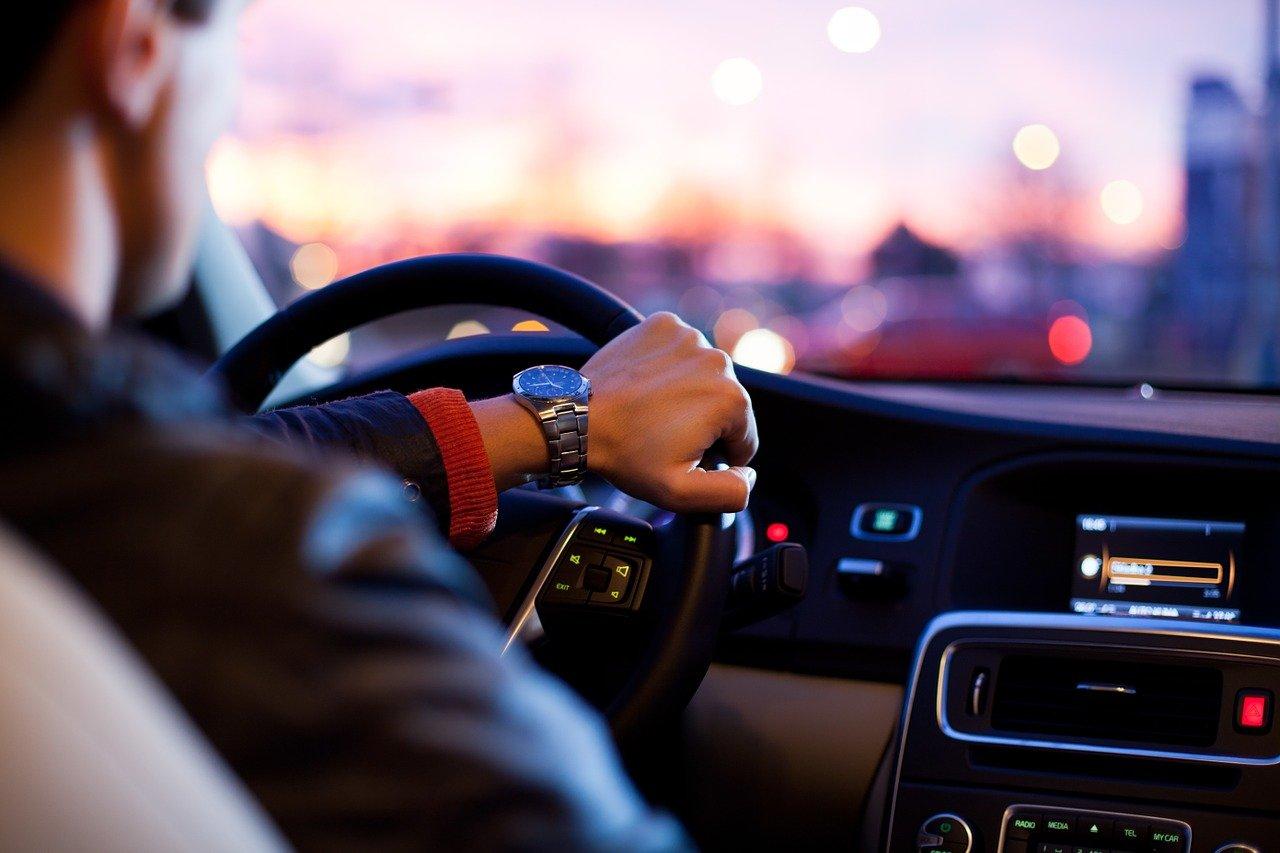 Het rijden in een shortlease auto, privé en zakelijk
