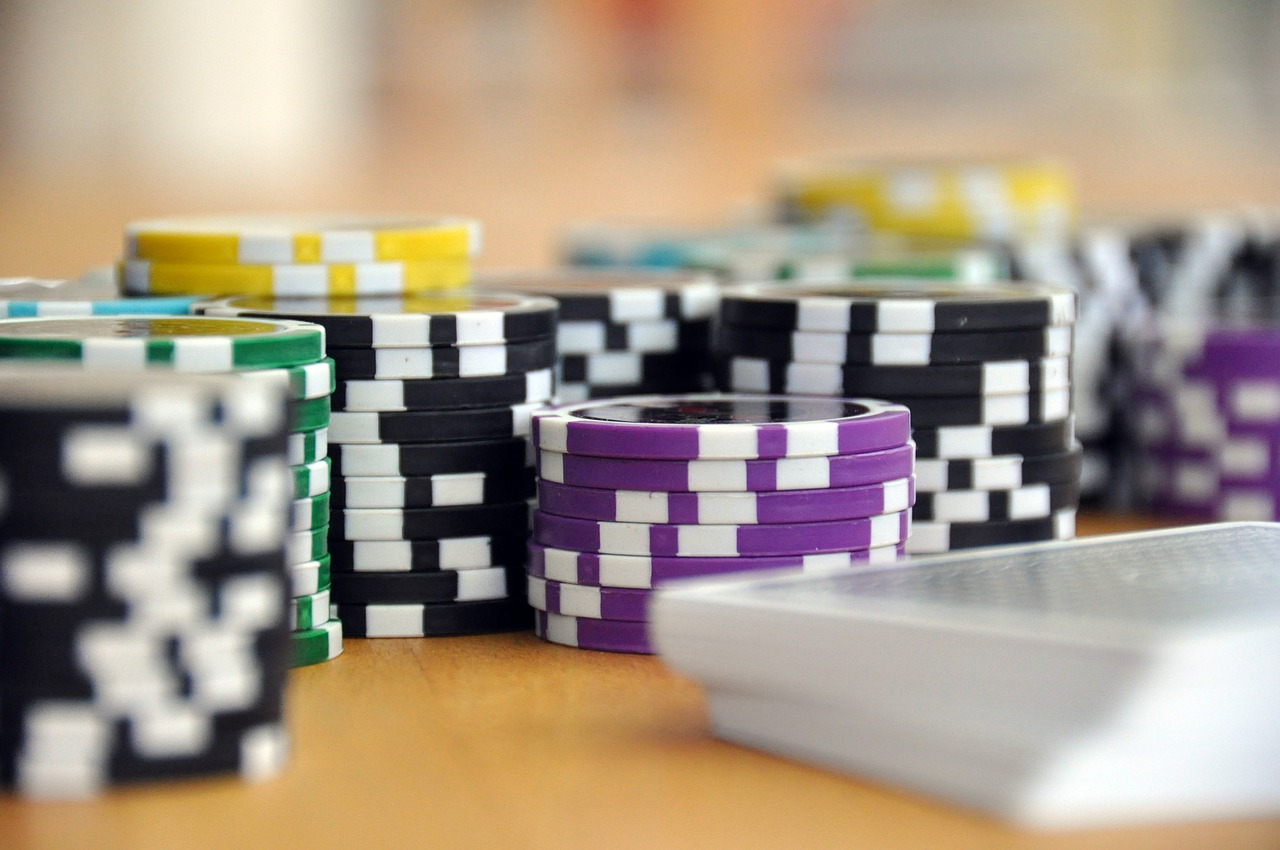 Wat is het verschil tussen een online casino en een fysieke casino